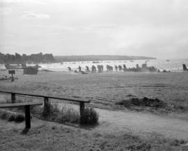 [Troops landing at Kitsilano Beach during war games exercises]