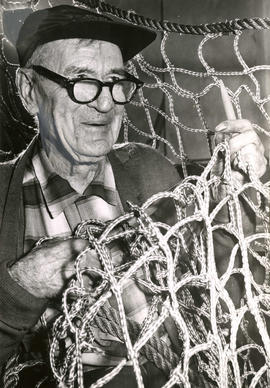 Captain Dan Macdonald, fisherman and expert at knots and splices