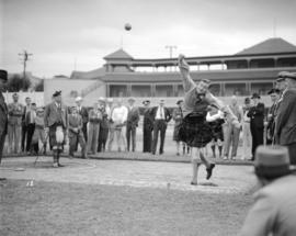 Caledonian Games [shot-put]