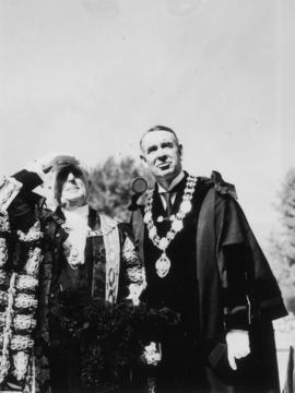 Sir Percy and Mayor McGeer [at City Hall]