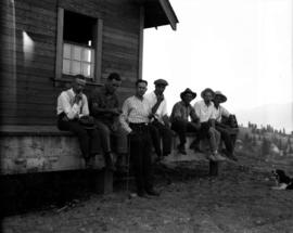 A group on the packing house at the Gov[ernmen]t Farm