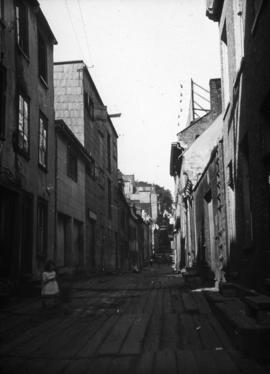 [Unidentified alley]