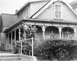 [Exterior of cottage - 132 East 10th Avenue]