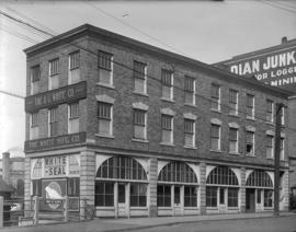 [White Manufacturing Co., 149 Alexander Street]