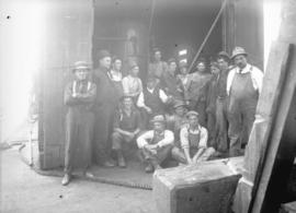 [Group photograph of unidentified workmen]