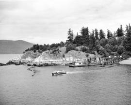 "[Ferry launch ""Bowen"" leaving Whytecliff dock]"