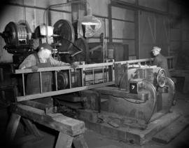 [Men at work at Western Bridge and Steel Fabricators]