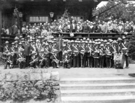 [Mayor L.D. Taylor with members of the [C.N.O.S.?] First National Band, Vancouver and group of un...