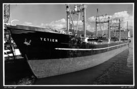 "[Tetien] at Pier ""B"""