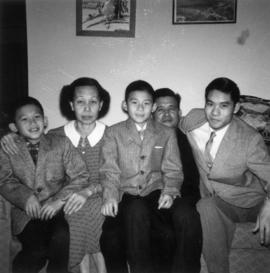 Bark Gin Wong and family [2 of 3]