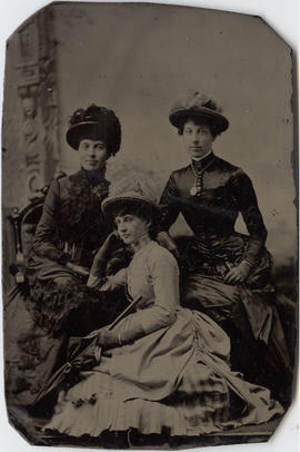 Portrait of Harriet Ellen Lee and two women friends