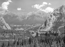 [View of the] Banff Springs Hotel [and the] Bow Valley