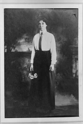 Lillian Ho Wong's mother, Chan You-hao
