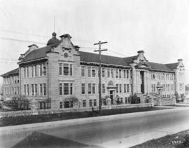 [Exterior of King Edward High School at the corner of 12th Avenue and Oak Street]