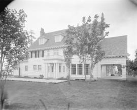 [Photograph of unidentified house on 29th Ave., Vancouver, B.C.]