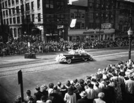 West Vancouver decorated car in 1952 P.N.E. Opening Day Parade