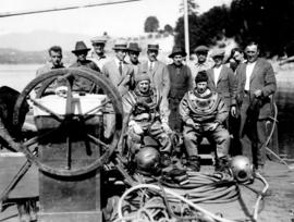 [Mayor L.D. Taylor with waterworks diving crew prior to First Narrows dive]