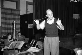 [William Steinberg conducting Vancouver Symphony Orchestra during rehearsal]
