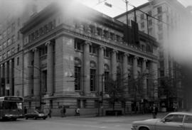 638 West Hastings, Bank of Commerce