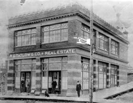 [Exterior of the Bell-Irving Building - S.E. corner of Richards and Cordova Streets]
