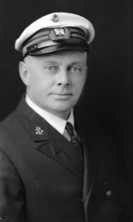 [Portrait of Capt. M. Uldall]