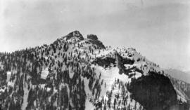Peak of Mount Crown and Camel's Back