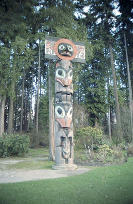 Totem pole at Brockton Point