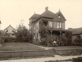 [Exterior of the John P. Nicoll's residence - 1120 Seaton (Hastings) Street]