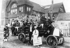 [Moose Lodge float in front of Japanese Church  - Jackson Avenue and Powell Street]