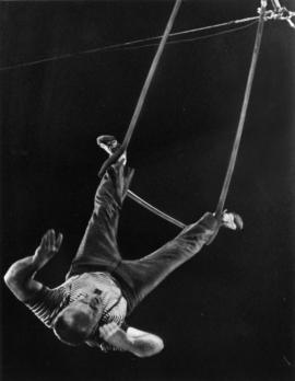 Jimmy Troy : [publicity photo of acrobat]