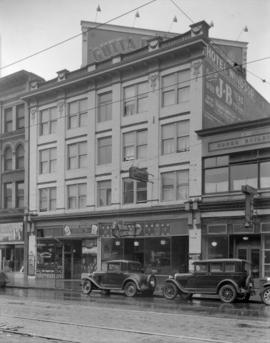 Windsor Hotel [at 52 East Hastings Street]