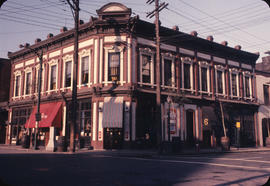 8 Water Street, known as the Byrnes Block and the Alhambra Hotel