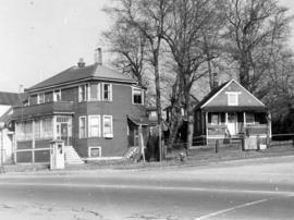 [Residences at the corner of Beach Avenue and Burnaby Street]