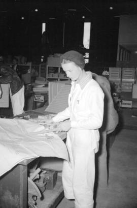 [Woman at work at the Boeing plant on Sea Island]