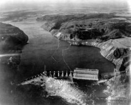 [View of] La Gabelle [hydro] plant, four miles below Shawinigan Falls [and surrounding countryside]
