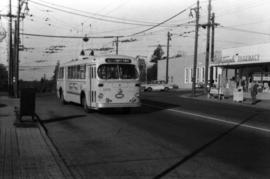 Bus at 41st and Dunbar