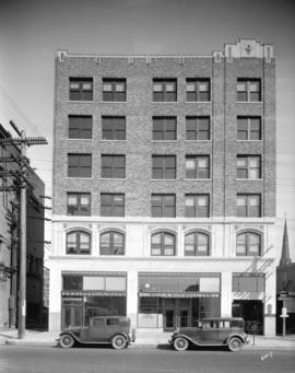 [Randall building at 500 block of West Georgia Street]
