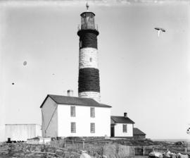 [Race rocks lighthouse and surrounding buildings]