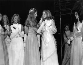 Jeannette Warmerdam, Miss P.N.E. 1973 with previous winner and other contestants
