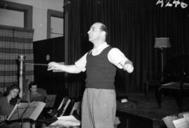[William Steinberg conducting the Vancouver Symphony Orchestra during rehearsal]