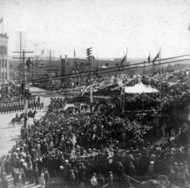 [View of the reception for the Duke and Duchess of Cornwall and York in front of the Courthouse o...