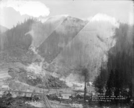 Panorama of dam site taken from co-ord: 850.550S on 17th May 1913