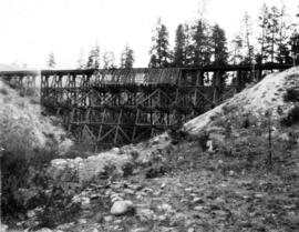 Filling Four Mile Creek trestle, mile 127.2 : The trestle empty from the right