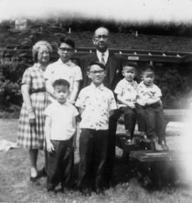 Don Wong's family [11 of 12]