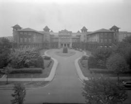 [Exterior and driveway of Vancouver General Hospital]