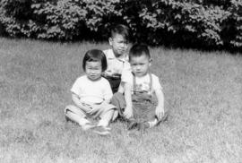 Lillian Wong and Vernon and Paul in Chicago with Irena [6 of 7]