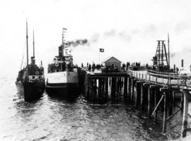 "[Union Steamship ""Capilano II"" and other ship at dock]"
