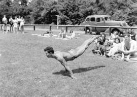 Gymnasts at Second Beach