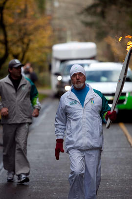 Day 001, torchbearer no. 065, Henr Y - Polessky Central Saanich