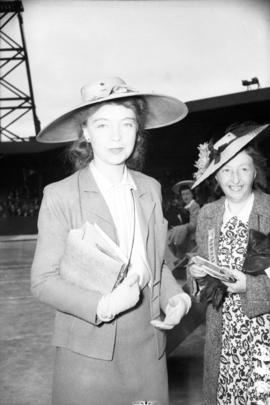 [Portrait of Lillian Gish at the Caledonian Games]